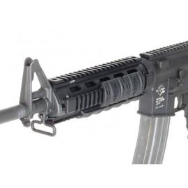 UTG AR-15 Mid Length Quad Rails